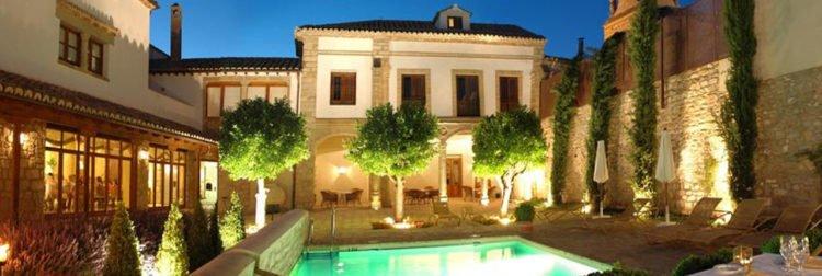 hotel_puerta-de-la-Luna
